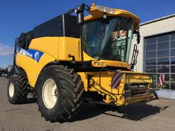 New Holland CR9090 Elevation 4WD