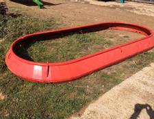 Kuhn Twin Tub feeder