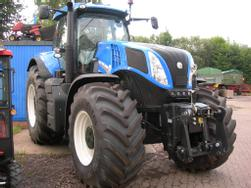 New Holland T 8. 390 Auto Command