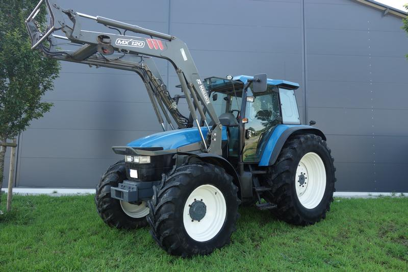 New Holland TM 135 RC