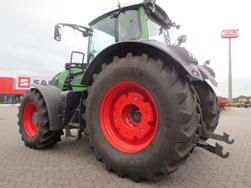 Fendt FAVORIT 927 VARIO
