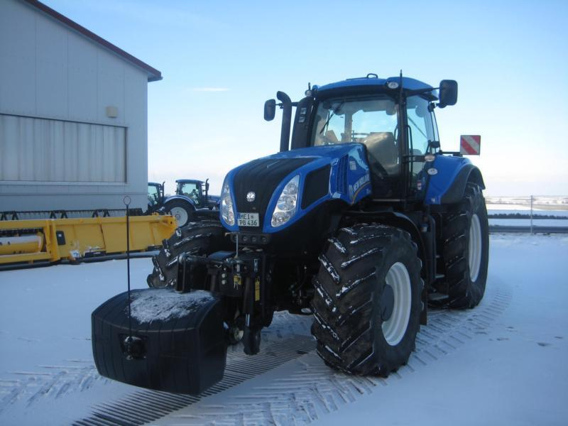 New Holland T 8.420 AC