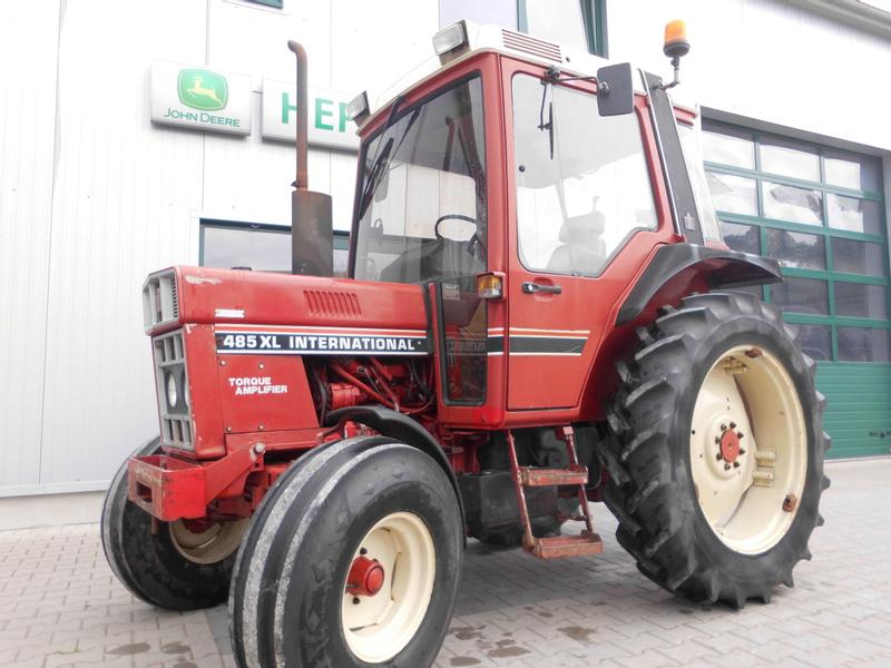 International 485 XL