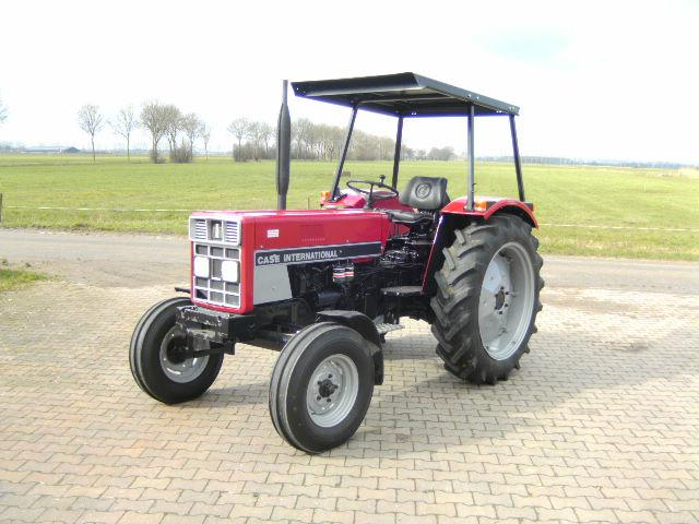 International 633 IHC tractor case trekker