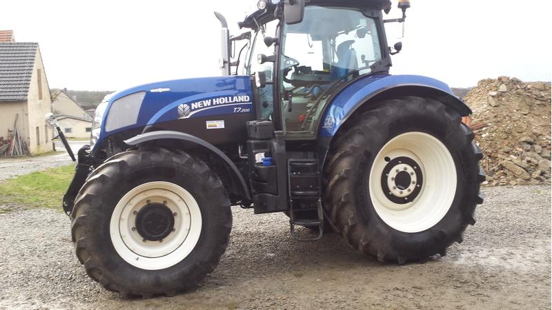 New Holland T.7.200 AC