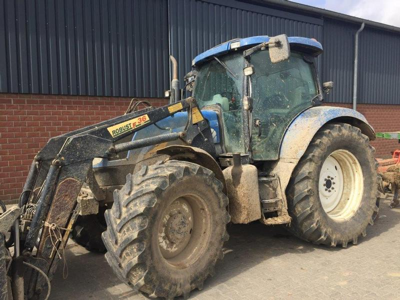 New Holland T6050 Dual Command Plus