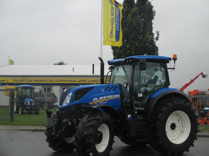 New Holland T 7 . 165 S
