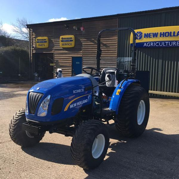 New Holland Boomer 35 Compact Tractor