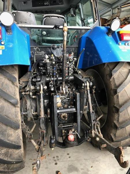 New Holland TVT195