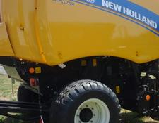 New Holland Ballenpresse Roll-Belt 180 CropCutter