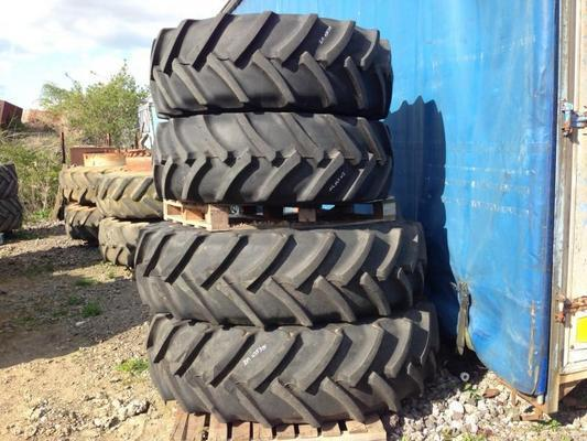 Continental 2M035315 -  420/85R28 and 460/85R42
