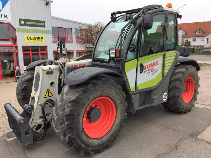 Claas SCORPION 7040 VP+