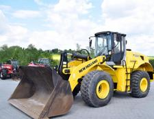 New Holland W 230