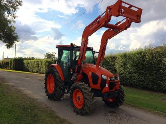 Kubota NEW  M5111 TRACTOR WITH LOADER