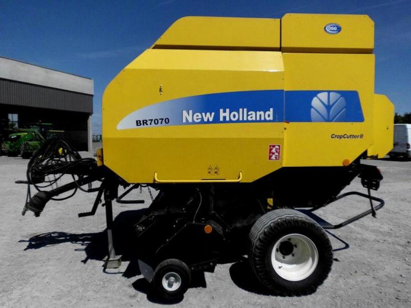 New Holland BR7070