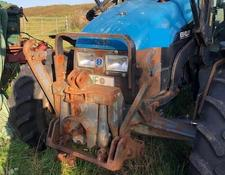 New Holland 4635