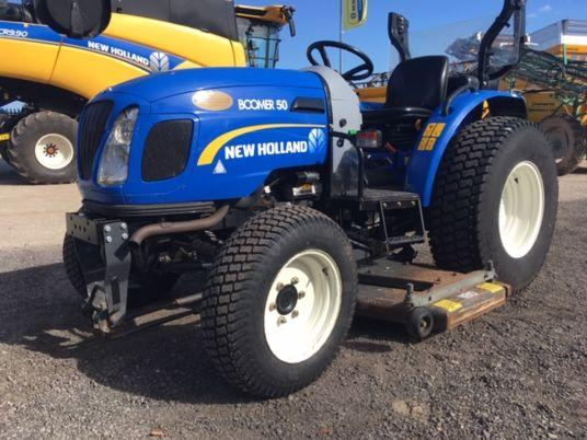 New Holland BOOMER 50 HST