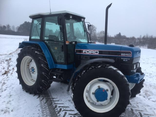 Ford 8240 A