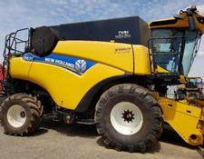 New Holland CR890