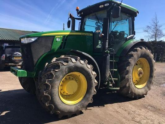 John Deere 2012  7230R , AUTO POWER, 50KPH, AIR BRAKING, COMMAND ARM , 4 ELECTRIC SPOOLS, GREENSTAR 3, FULL AUTOSTEER,DOME, SF1 ACTIVATION,710/70 X 42 REARS, 600/70 X 30