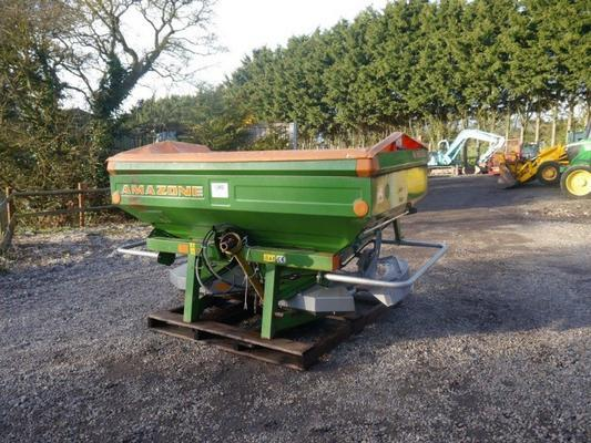 Amazone ZA-M Novis Fertiliser Spreader