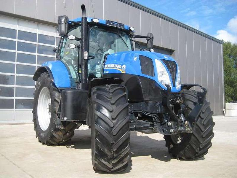 New Holland T7.200 RC + PC