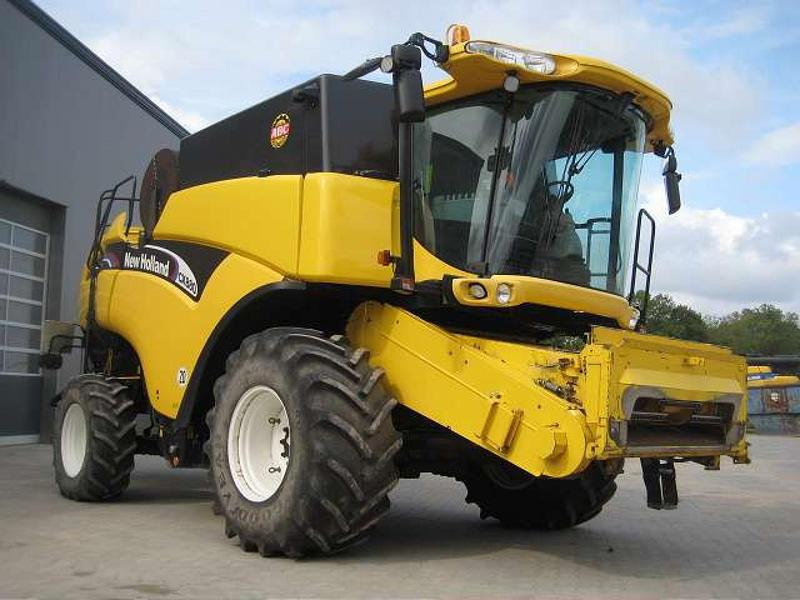 New Holland CX 880W