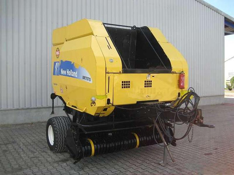 New Holland BR 7070 ROTORSCHNEID