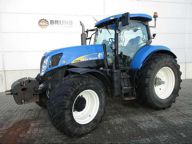 New Holland T 7030 POWERCOMMAND