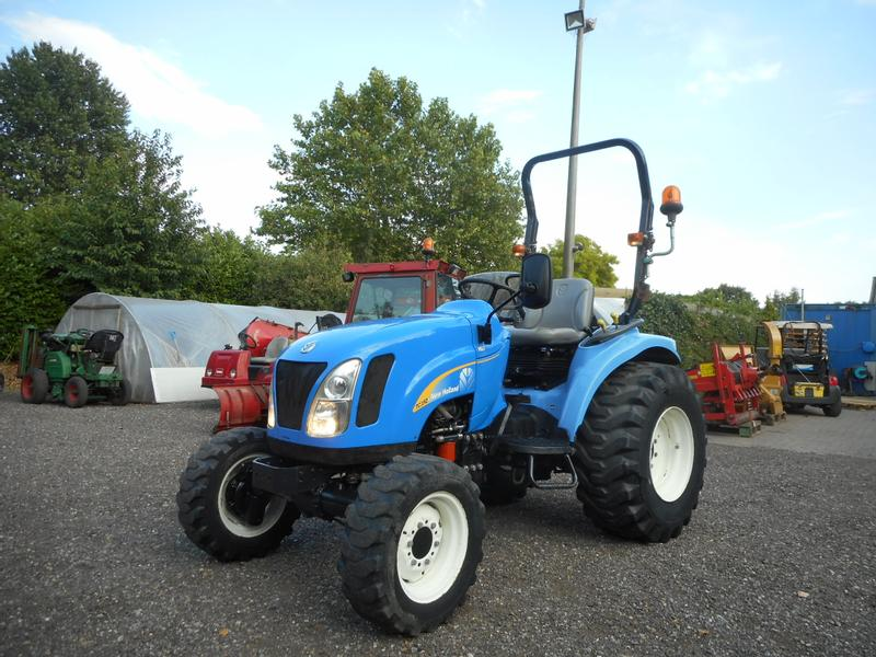 New Holland TC35D Supersteer