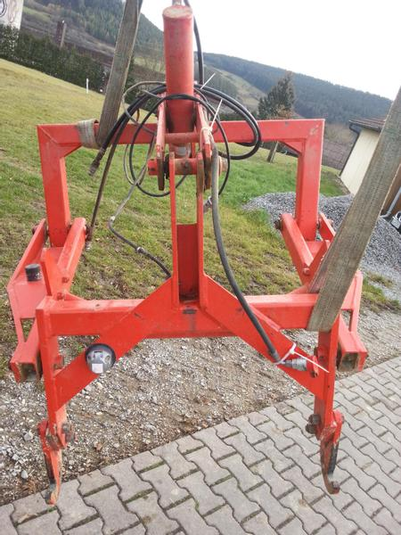 Kuhn Hitch
