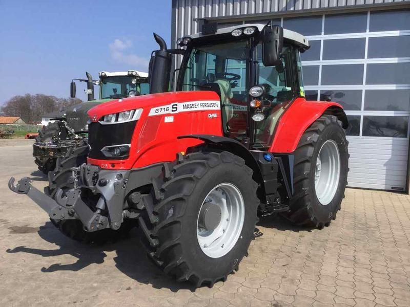 Massey Ferguson 6716S Dyna - 6 Efficent