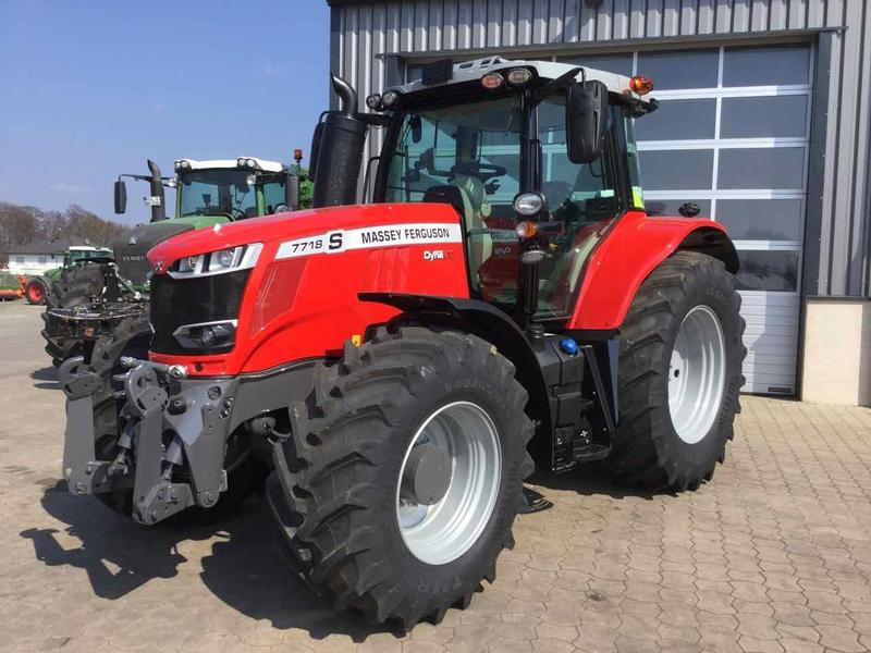 Massey Ferguson 7718S Dyna - VT Exclusive