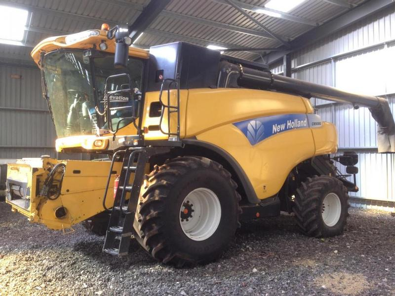 New Holland CR9080 ELEVATION