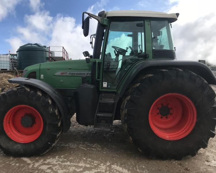 Fendt 716V Tractor (IS)
