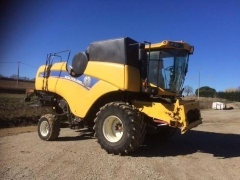 New Holland CX6090 LATERALE