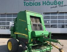 John Deere 592 MaxiCut Variable Riemenpresse