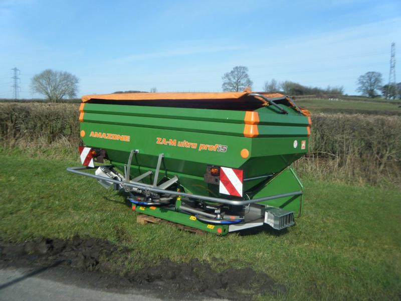 Amazone ZA-M Ultra 3500 Fertiliser Spreader