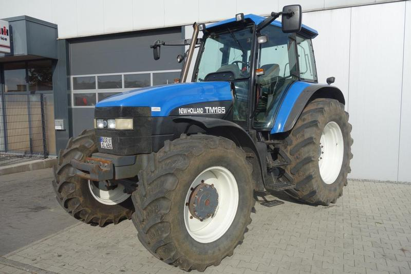 New Holland TM 165 RC
