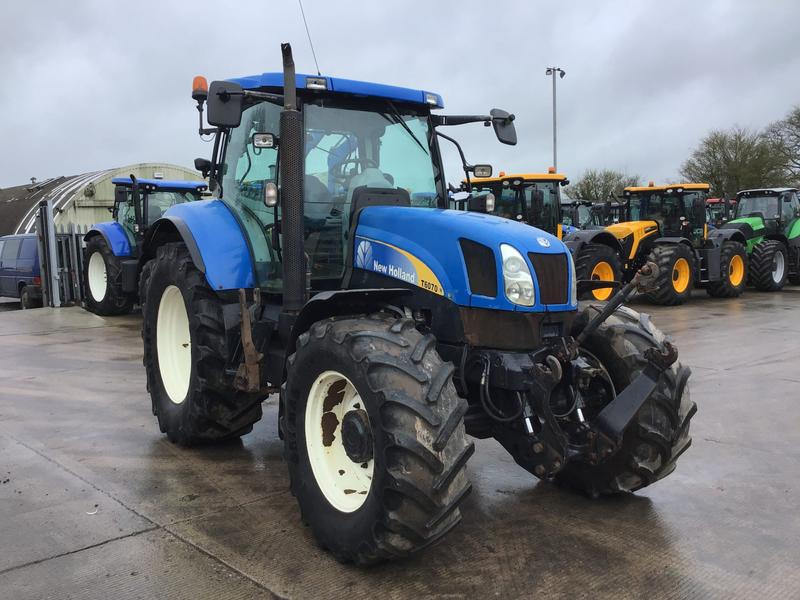 New Holland T6070 Tractor (ST4105)