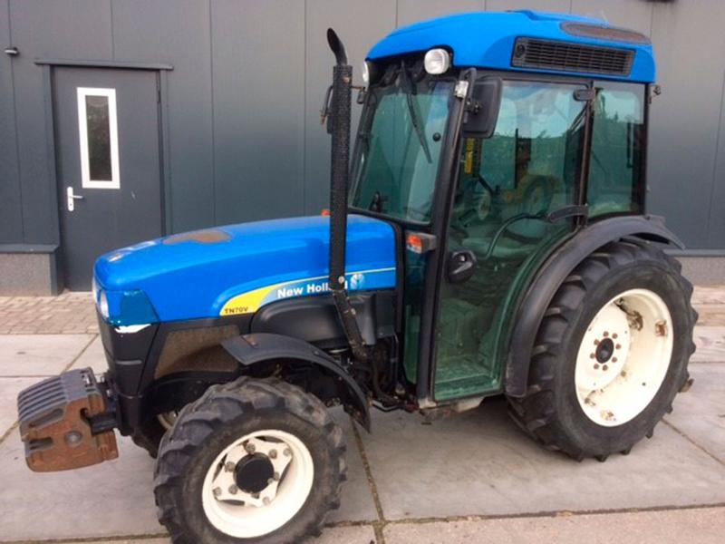 New Holland TN70V