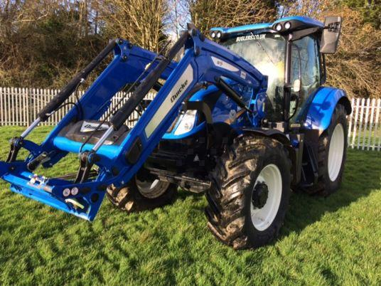 New Holland T6.145 DCT