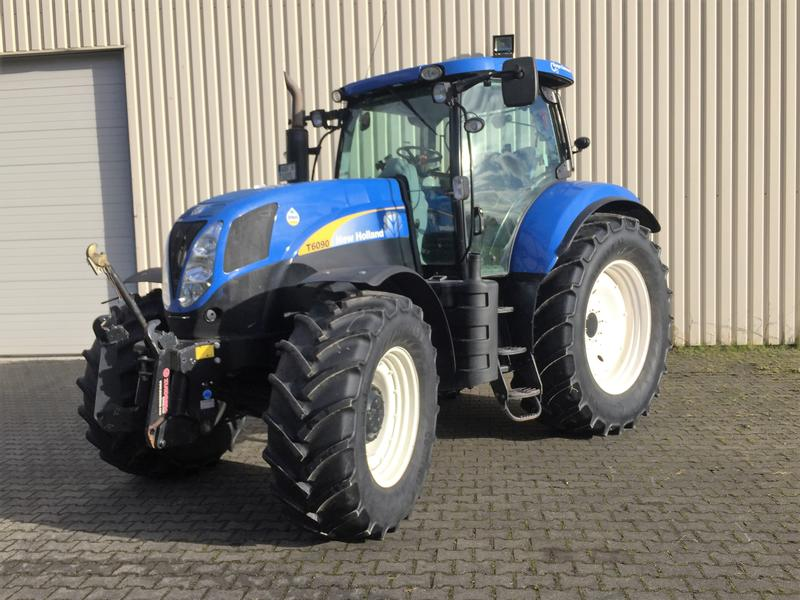 New Holland T 6090 RC