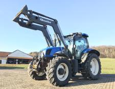 New Holland TS135A mit Frontlader