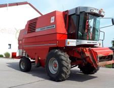 Massey Ferguson 40 RS mit 6,15 m Powerflow