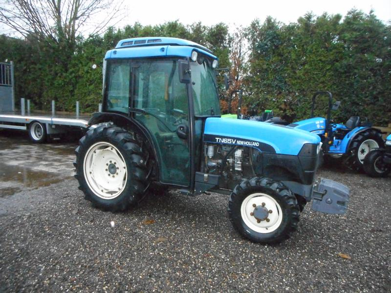 New Holland TN65V