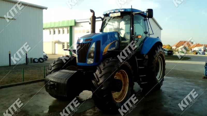 New Holland T8030 Ikrekerékkel