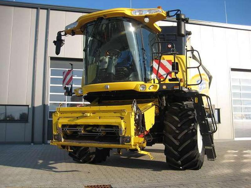 New Holland CX8070 SCR TECHNOLOG