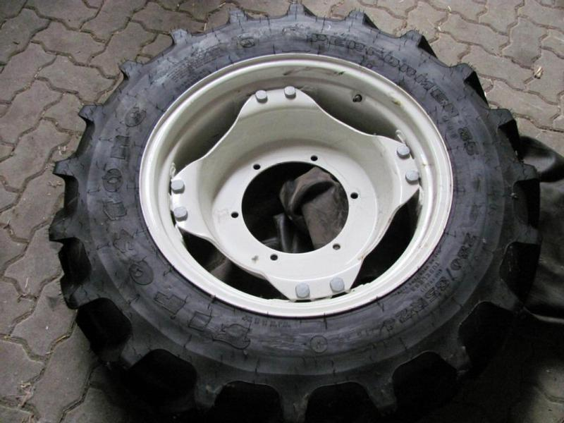 New Holland Radsatz 280/85 R24