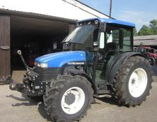 New Holland TN 75